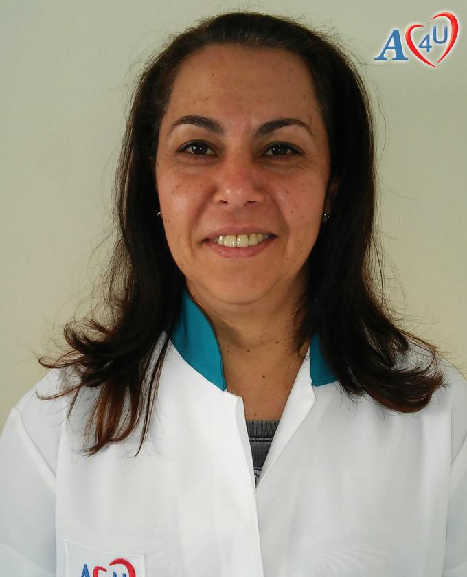 Simone Bérgamo Yázigi – Professora de artesanato